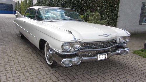 Cadillac de Ville Coupe 1959  & 50 USA Classics For Sale (picture 4 of 6)