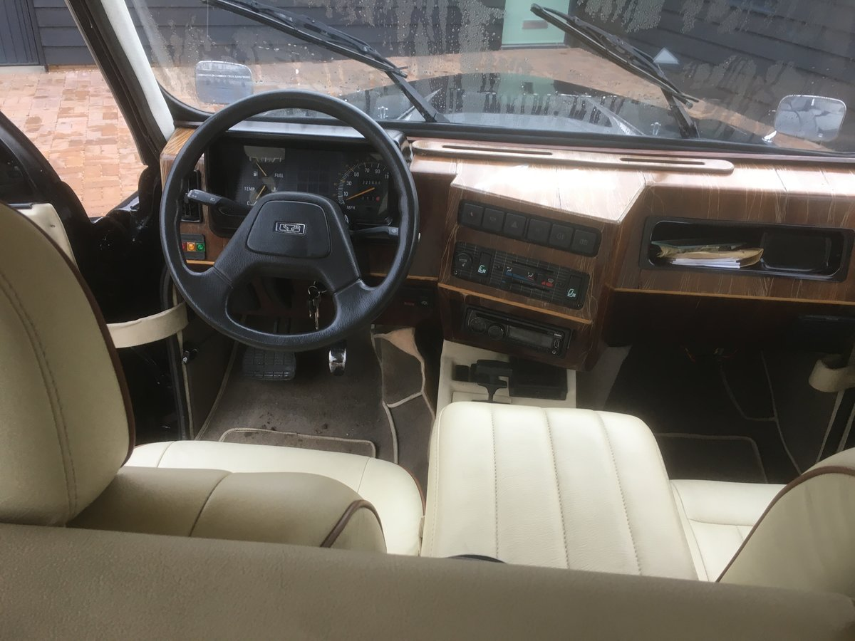1995 Wedding-ready, highly customised London Taxi For Sale (picture 6 of 6)