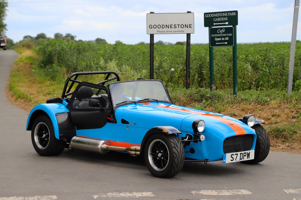 Caterham Seven SV 420R, 2017.  980 miles from new. One Owner For Sale (picture 1 of 6)