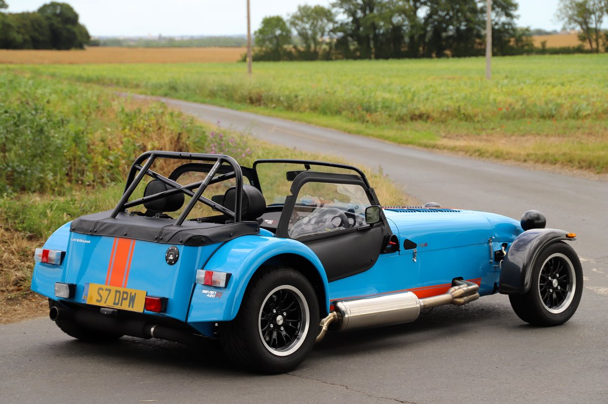 Caterham Seven SV 420R, 2017.  980 miles from new. One Owner For Sale (picture 3 of 6)