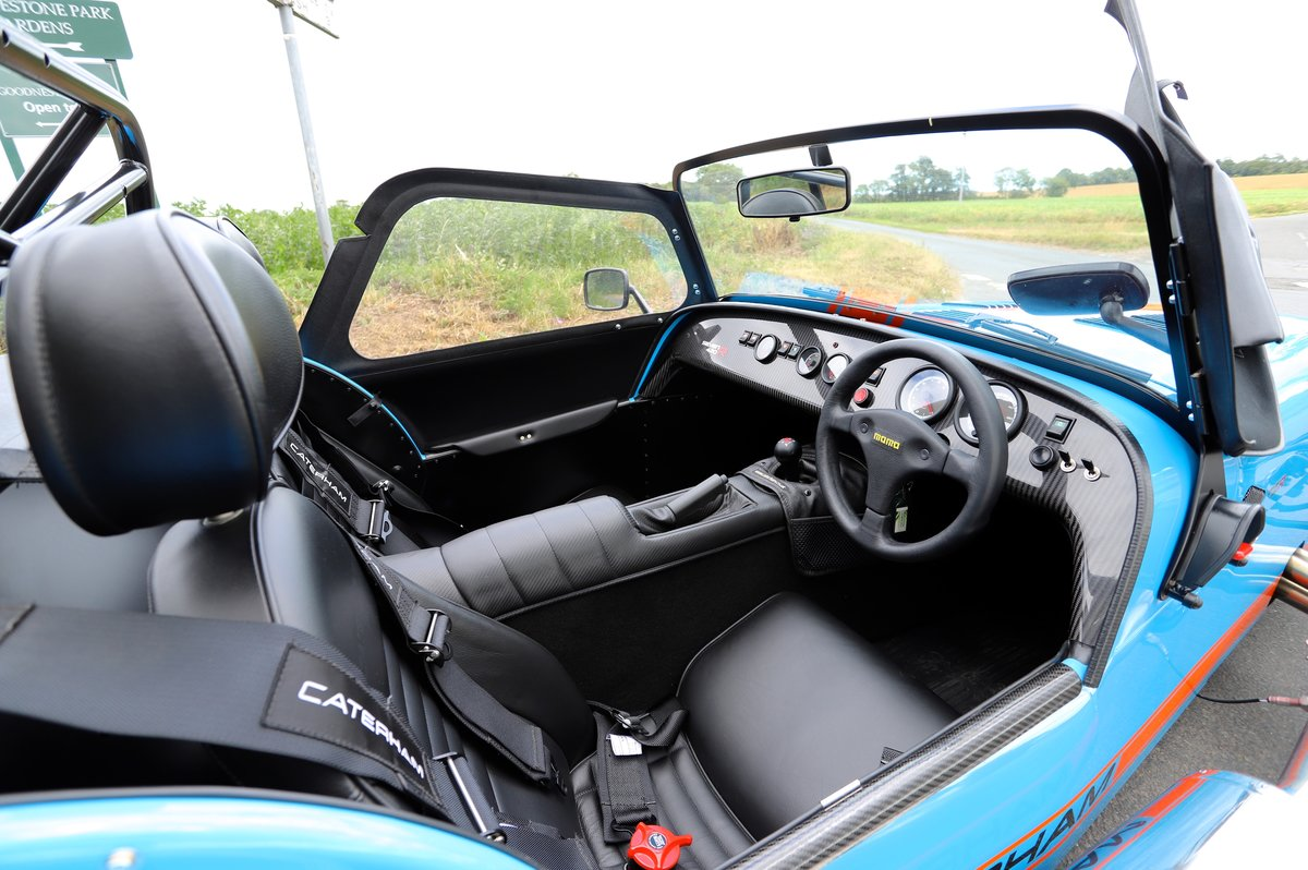 Caterham Seven SV 420R, 2017.  980 miles from new. One Owner For Sale (picture 4 of 6)