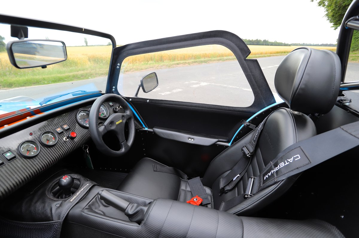 Caterham Seven SV 420R, 2017.  980 miles from new. One Owner For Sale (picture 5 of 6)