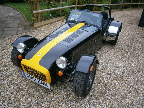 CATERHAM 7 ROADSPORT SIGMA 2012 BLACK & YELLOW  V.LOW MILES For Sale (picture 1 of 6)