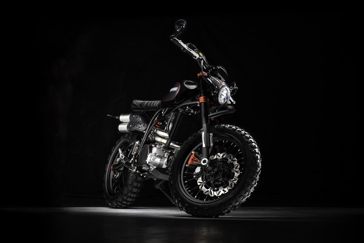 2021 CCM Spitfire Blackout: Style Meets Substance For Sale (picture 9 of 18)