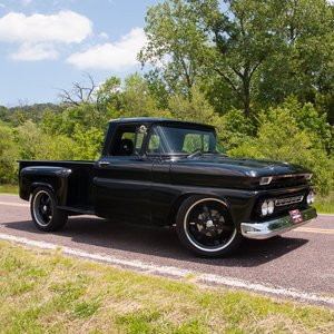 1962 Chevy C10 Half-ton Stepside Pickup = Custom 383 auto