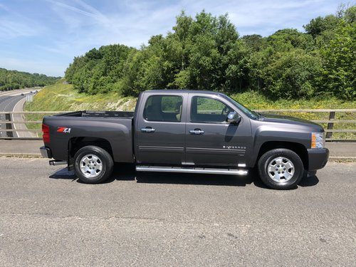 2011 Chevrolet Silverado K1500 Crew Cab 4x4 new import For Sale (picture 2 of 6)