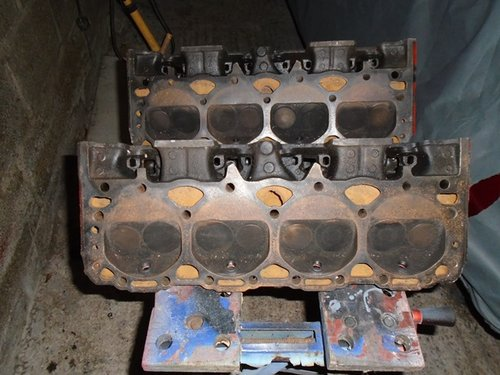 1972 Pair of small block cylinder heads for sale. For Sale (picture 4 of 5)