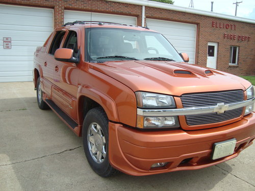 2005 Chevrolet Avalanche 1500 LT SOLD (picture 2 of 6)