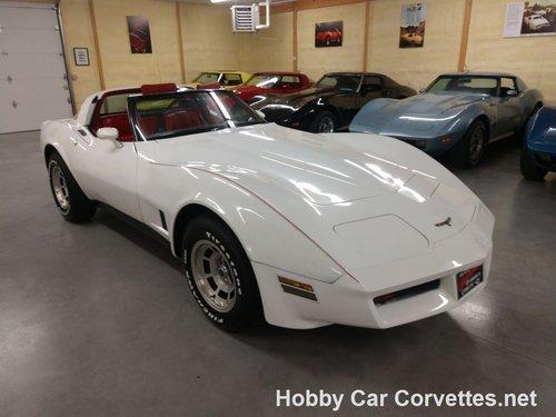 1981 white corvette red interior for sale For Sale (picture 2 of 6)