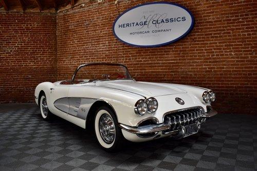 1960 Chevrolet Corvette in Ermine White For Sale (picture 1 of 6)