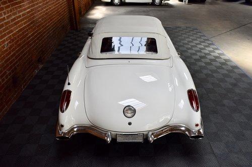 1960 Chevrolet Corvette in Ermine White For Sale (picture 4 of 6)