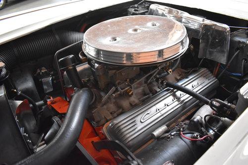 1960 Chevrolet Corvette in Ermine White For Sale (picture 6 of 6)