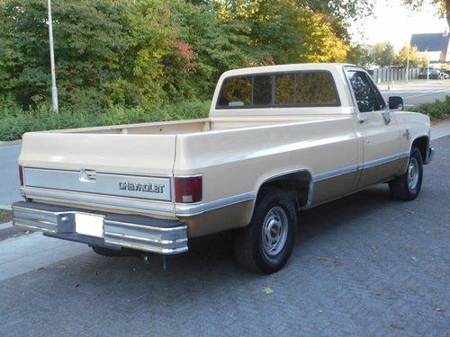 CHEVROLET C10 PICK-UP SILVERADO 1985 For Sale (picture 2 of 6)