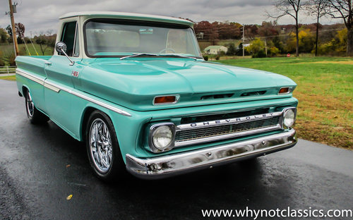 1965 Chevy C10 V8 406ci - SHOW TRUCK For Sale (picture 1 of 6)