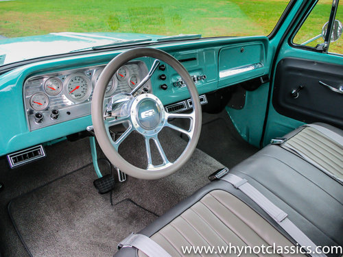 1965 Chevy C10 V8 406ci - SHOW TRUCK For Sale (picture 4 of 6)