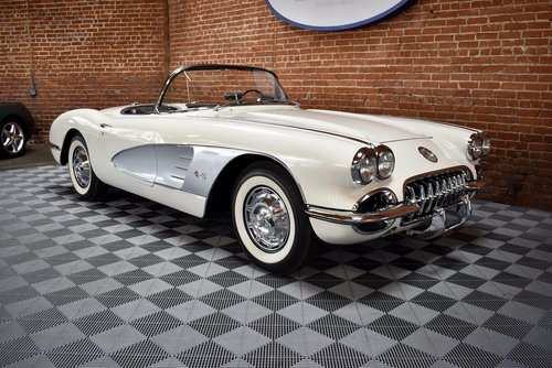 1959 Chevrolet Corvette Roadster For Sale (picture 1 of 6)