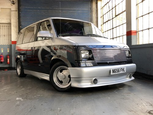 1995 Chevrolet Astro Day Van - Boyd Coddington Edition For Sale (picture 3 of 6)