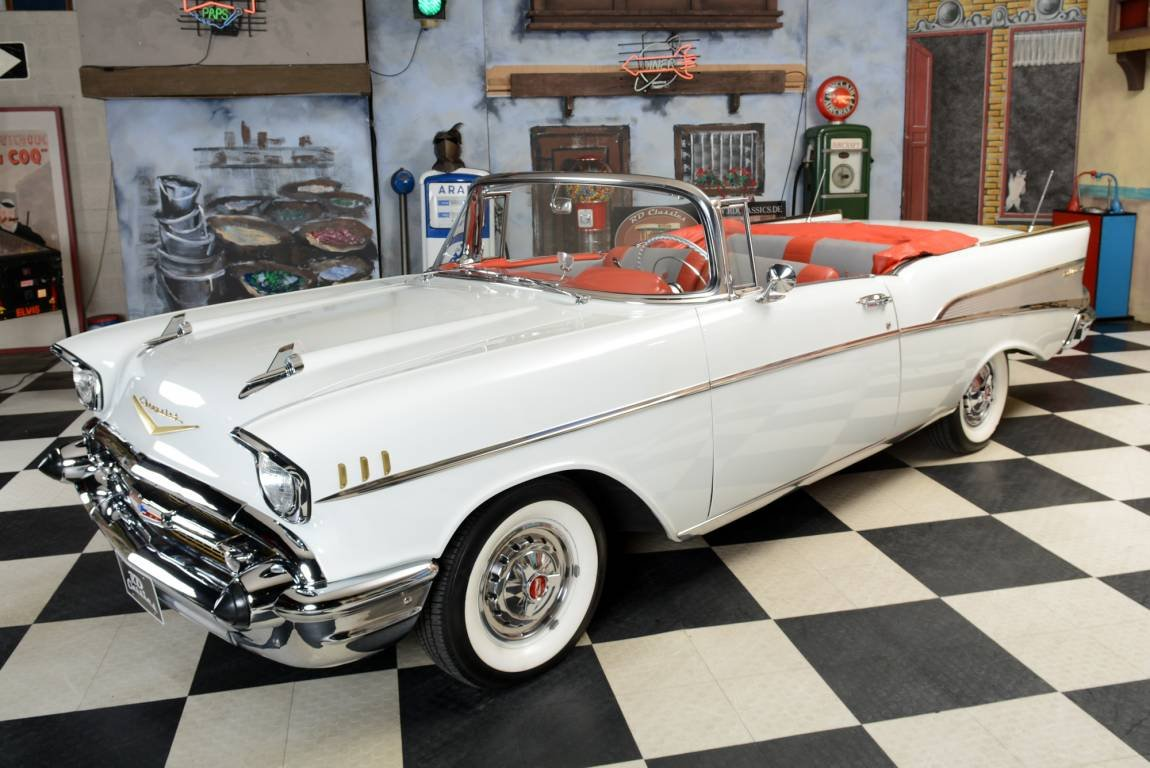 1957 Chevrolet Bel Air Convertible / Vollrestauration! For Sale (picture 1 of 6)