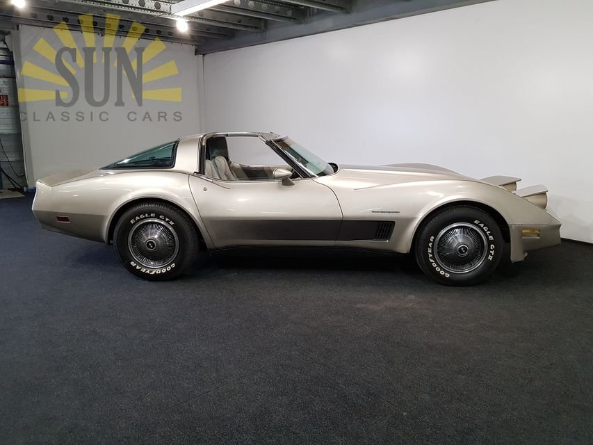 Chevrolet Corvette C3 1982 Collector Edition For Sale (picture 2 of 6)