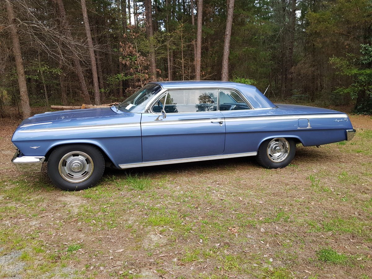 1962 Chevrolet Impala 327 V8 and Automatic SOLD (picture 2 of 6)