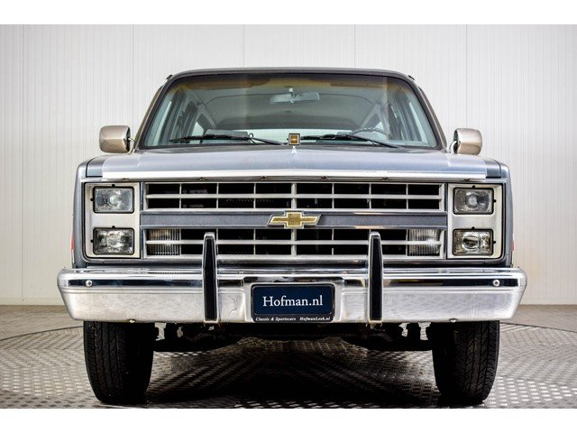 1986 Chevrolet Silverado Suburban 7.4 V8 For Sale (picture 3 of 6)