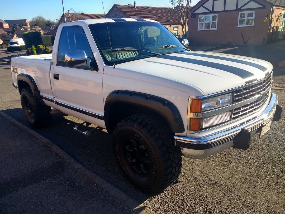 Chevy silverado -pickup-z71-1990-v8 5700cc beast. For Sale (picture 1 of 6)