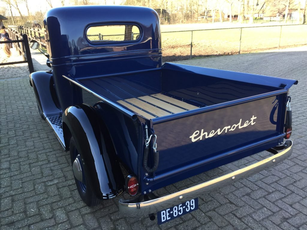 1936 Chevrolet Pick-Up , immaculate , fully restored 6 Cilinder For Sale (picture 2 of 6)