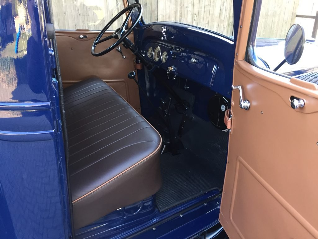 1936 Chevrolet Pick-Up , immaculate , fully restored 6 Cilinder For Sale (picture 3 of 6)