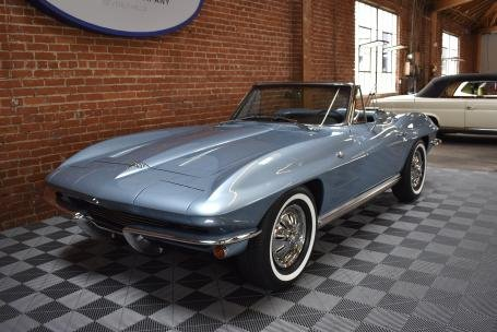 1964 Chevrolet Corvette Sting Ray Roadster = Blue Auto $69.5 For Sale (picture 1 of 6)