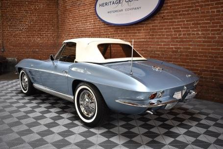 1964 Chevrolet Corvette Sting Ray Roadster = Blue Auto $69.5 For Sale (picture 2 of 6)