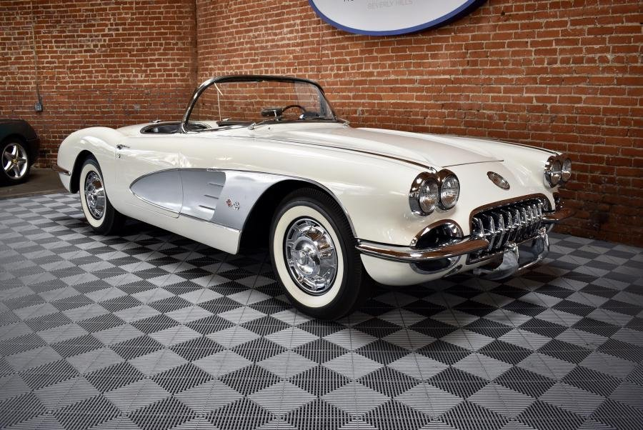 1959 Corvette Roadster = 283 Auto Clean Ivory $78.5k For Sale (picture 1 of 6)