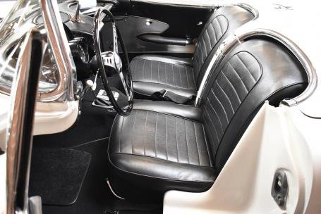 1959 Corvette Roadster = 283 Auto Clean Ivory $78.5k For Sale (picture 3 of 6)