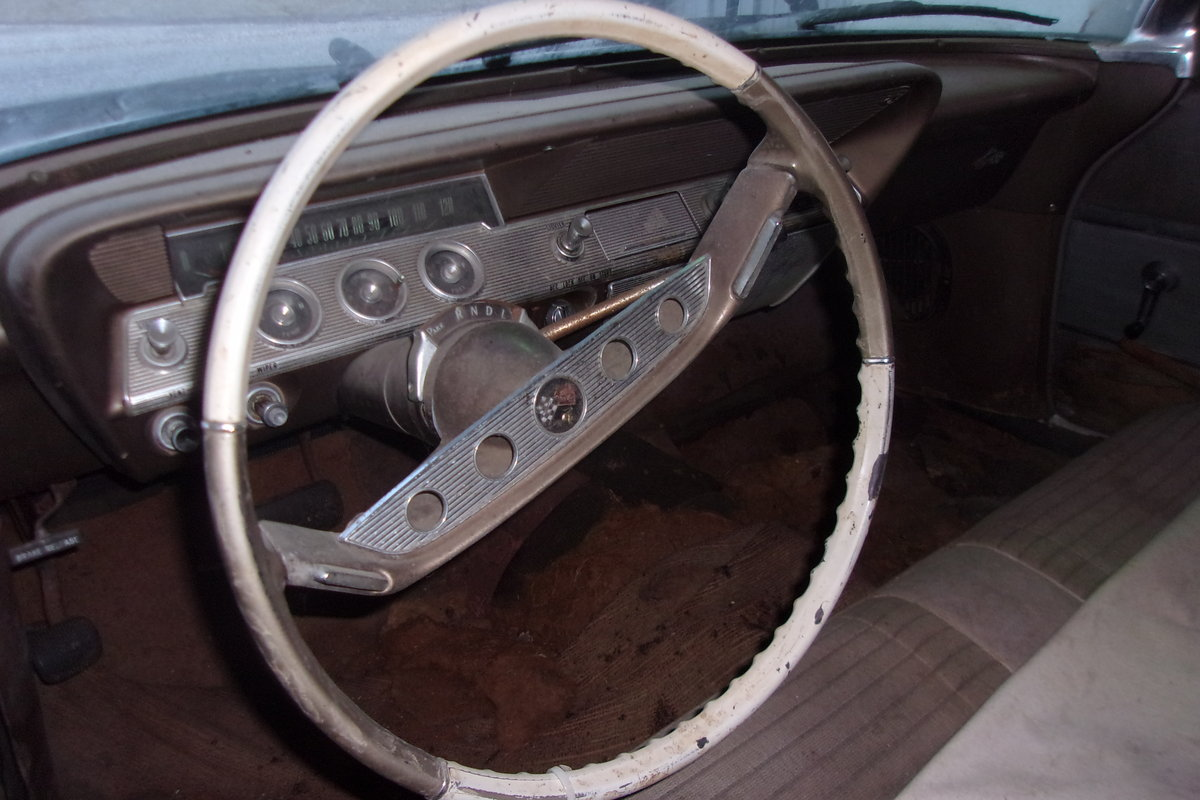 1961 Chevrolet Impala 2dr HT (Bubbletop) For Sale (picture 4 of 6)
