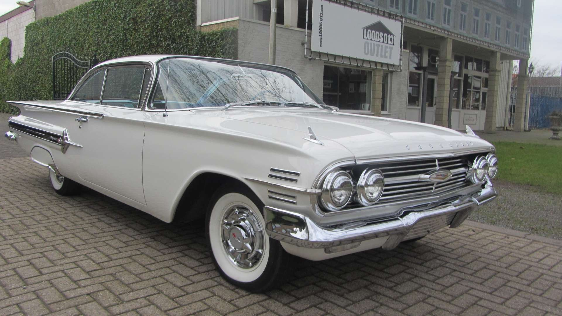 Chevrolet impala Coupe 1960 New Car & 50 USA Classics For Sale (picture 1 of 6)