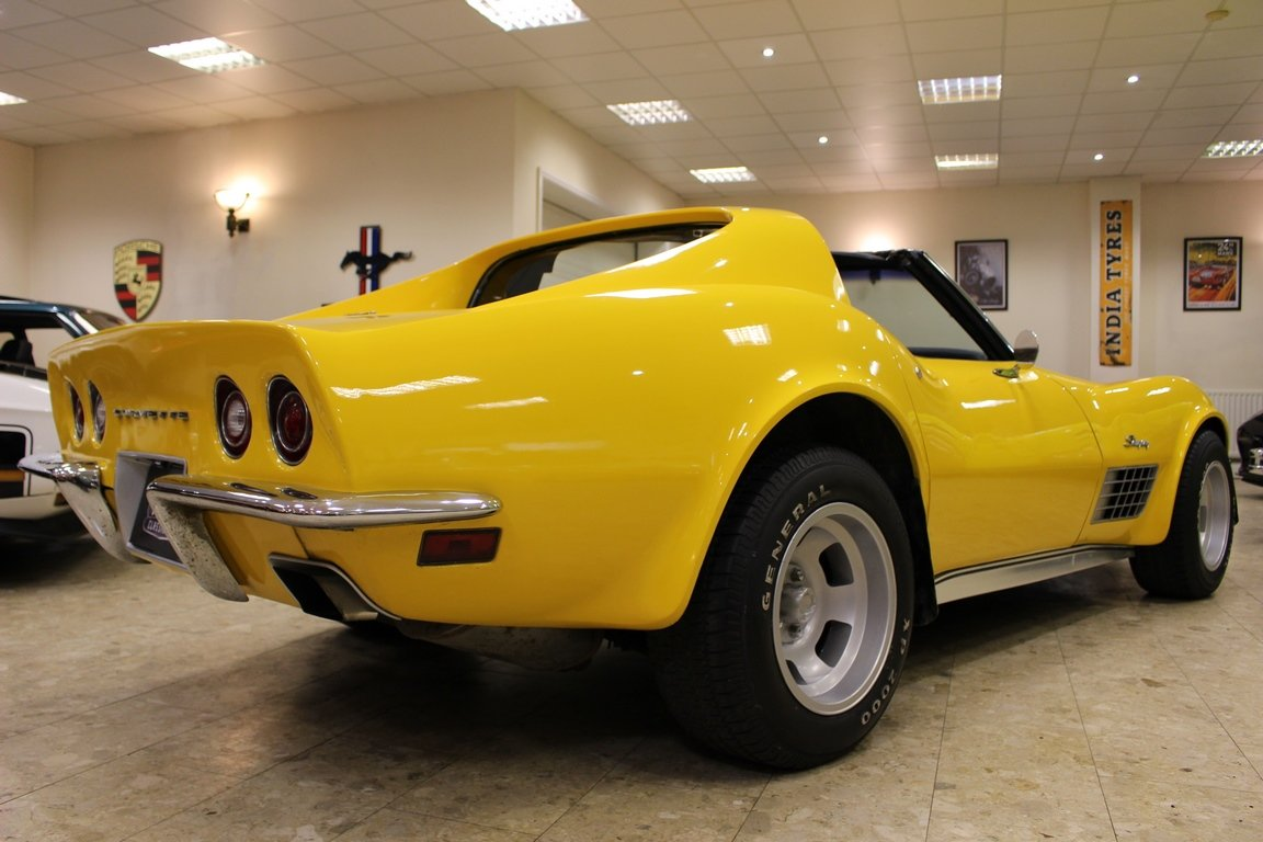 1972 Chevrolet Corvette Stingray 350 - 4-Speed Manual  SOLD (picture 3 of 6)