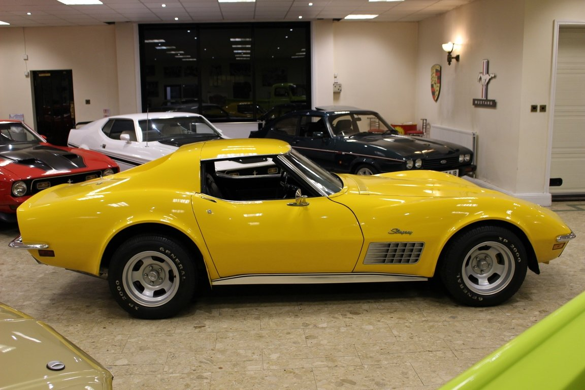 1972 Chevrolet Corvette Stingray 350 - 4-Speed Manual  SOLD (picture 4 of 6)
