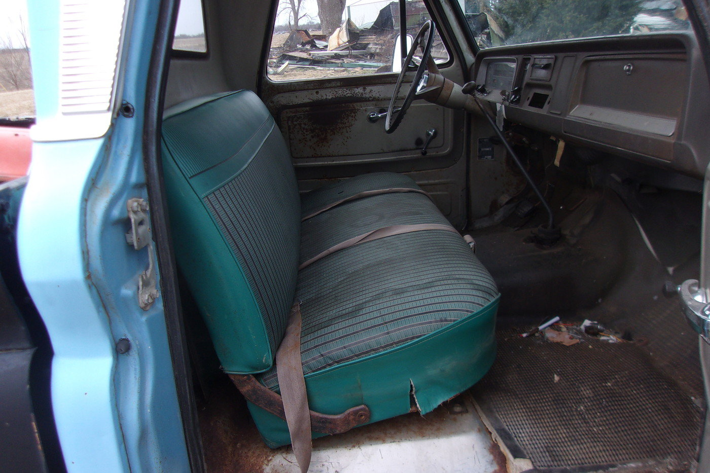 1965 Chevrolet Custom C-10 Pickup  For Sale (picture 3 of 6)