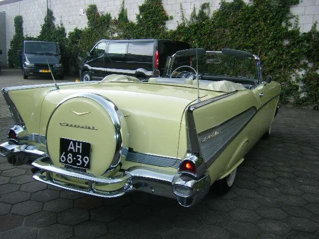 Chevrolet Bel Air Conv V 8 1957   & 50 USA Classics For Sale (picture 4 of 6)