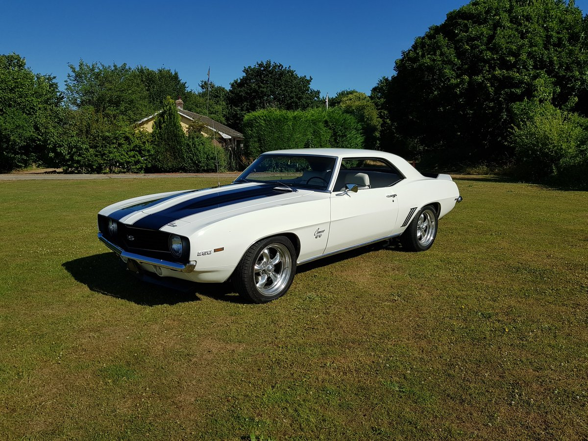 1969 Chevrolet Camaro V8 and Automatic  For Sale (picture 1 of 6)
