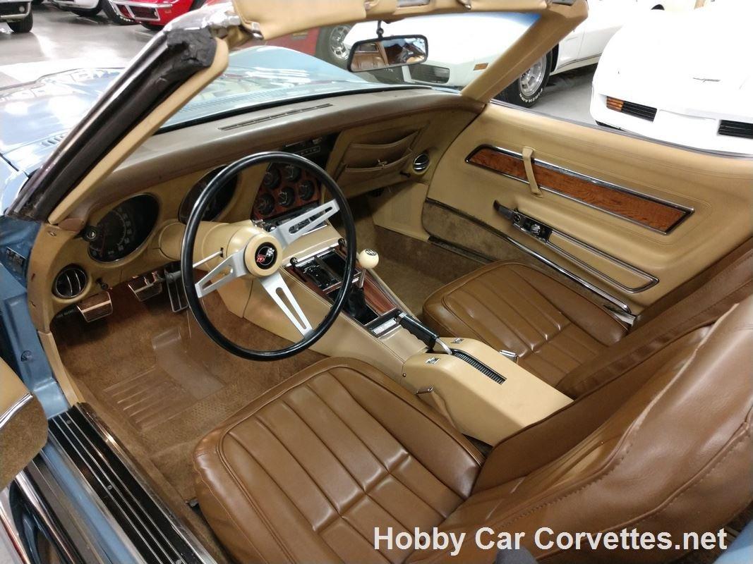1972 Blue Corvette Convertible Tan Inteior For Sale (picture 3 of 6)