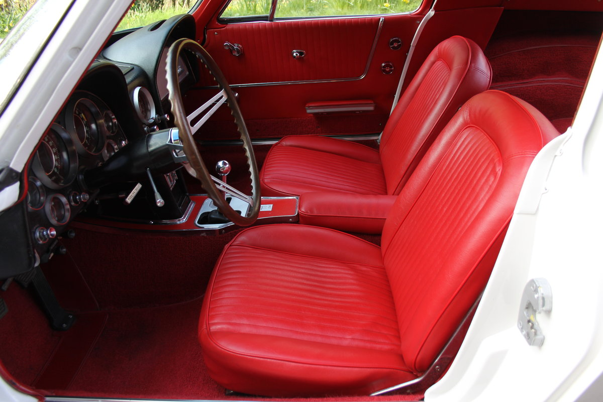 1964 Chevrolet Corvette Stingray Coupe - Manual, Matching No's SOLD (picture 8 of 12)