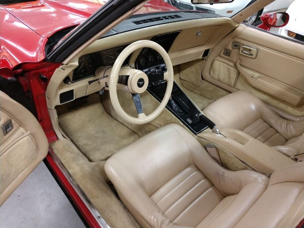 1980 Red Corvette Tan Interior For Sale For Sale (picture 4 of 6)
