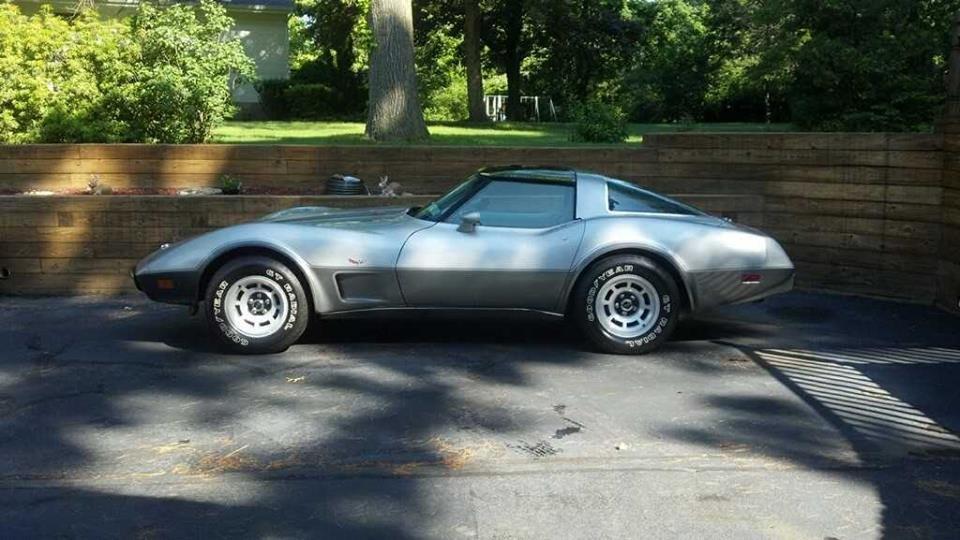 1978 Chevrolet Corvette Silver Anniversary Edition For Sale (picture 4 of 6)