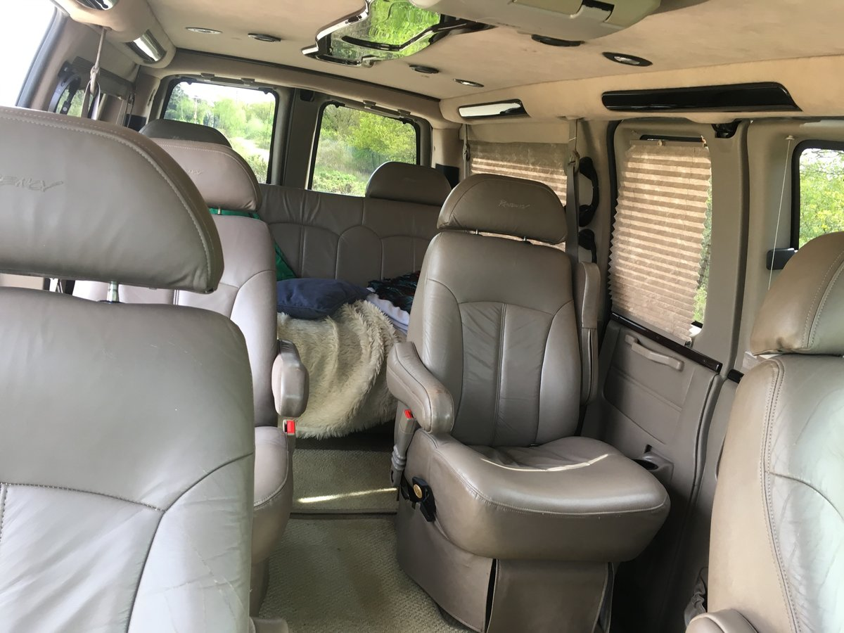 2003 CHEVROLET EXPRESS DAYVAN For Sale (picture 5 of 6)