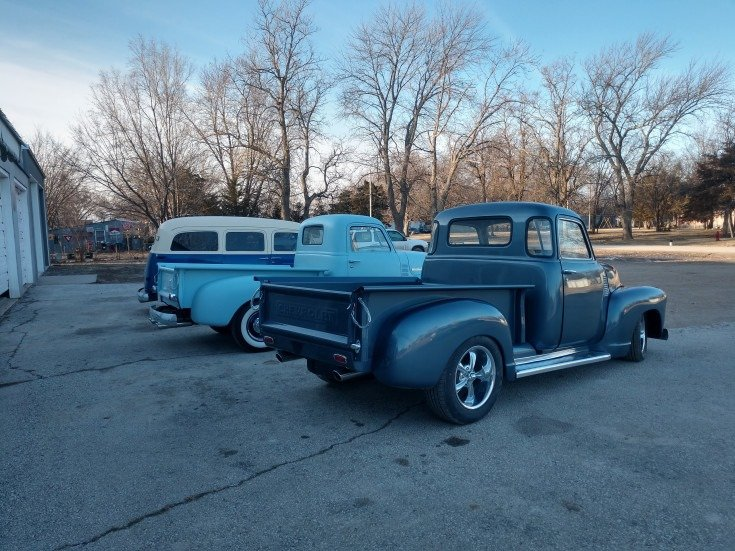 1949 Chevrolet 5 window short bed pickup For Sale (picture 2 of 6)