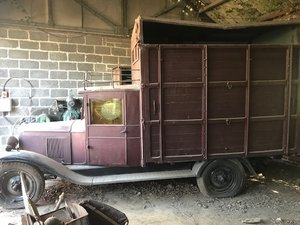 1929 Barn find Chevrolet cattle truck for Auction For Sale