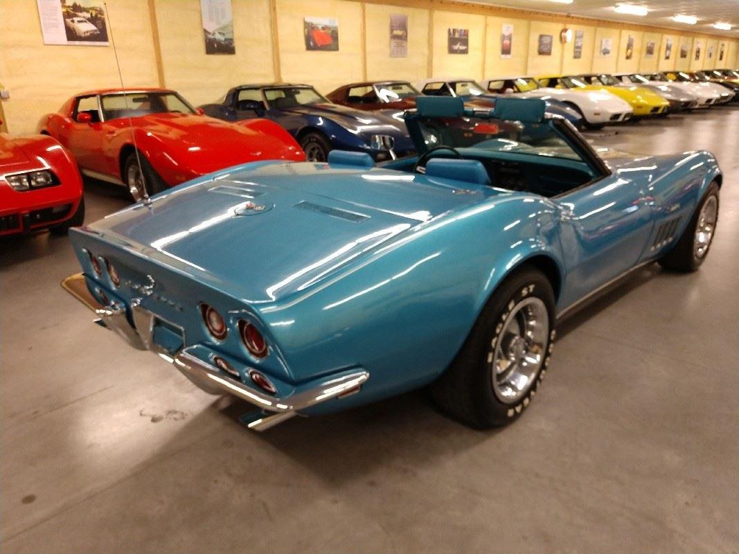 1969 Blue Blue Corvette Convertible 4spd 350Hp 2 Tops For Sale (picture 3 of 6)