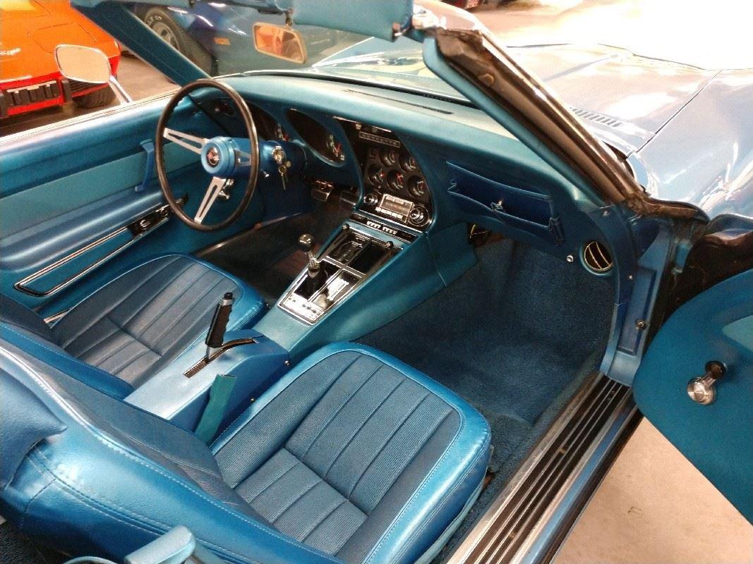 1969 Blue Blue Corvette Convertible 4spd 350Hp 2 Tops For Sale (picture 5 of 6)