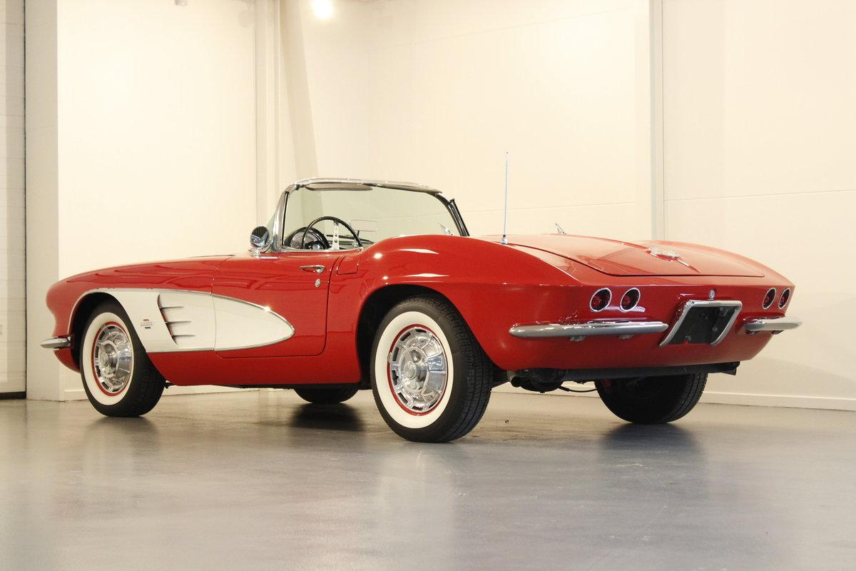 1961 Chevrolet Corvette C1 4.6 283 cui convertible For Sale (picture 2 of 6)