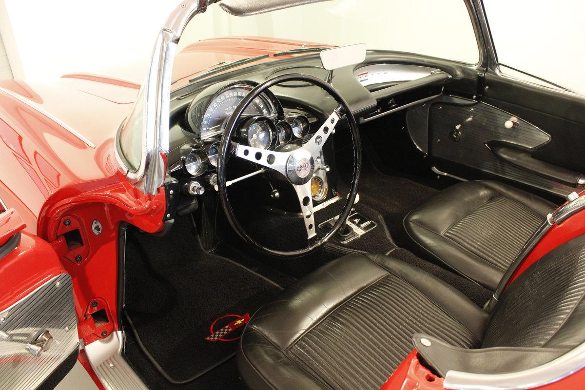 1961 Chevrolet Corvette C1 4.6 283 cui convertible For Sale (picture 4 of 6)